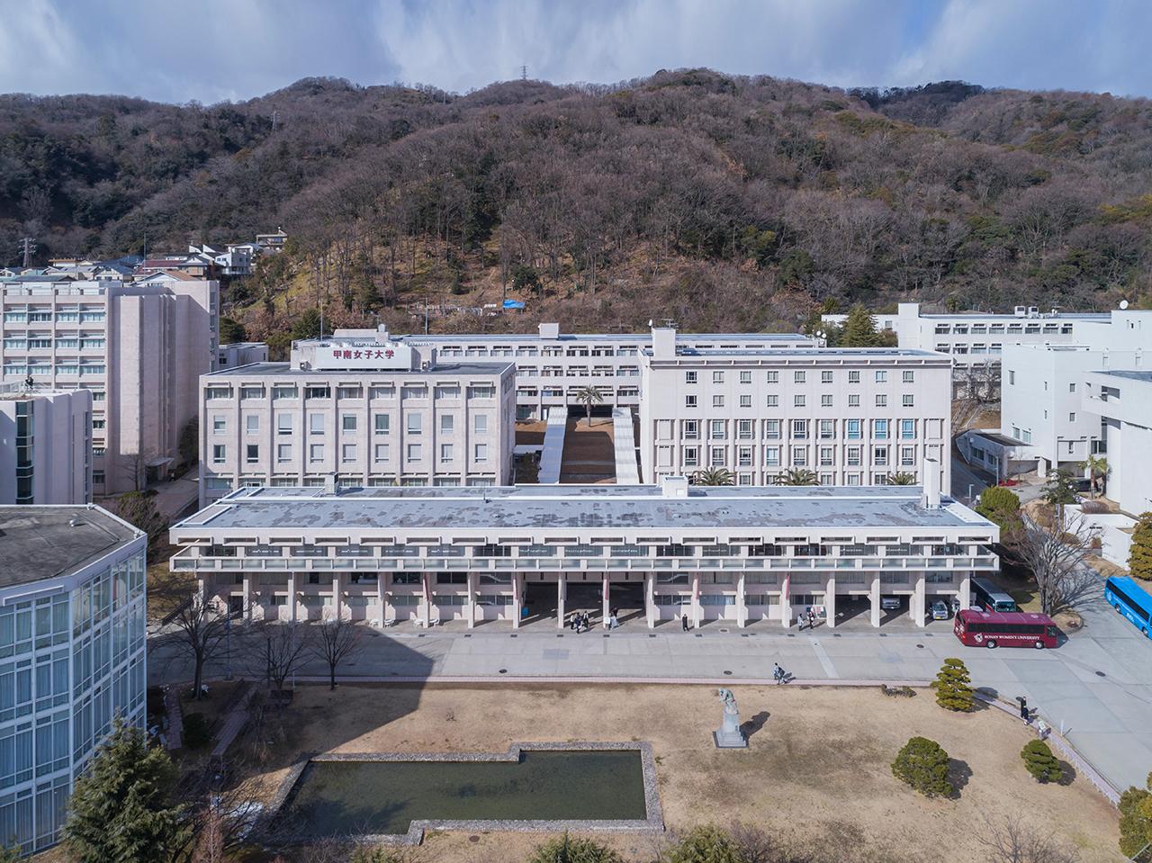 現在の校舎全景